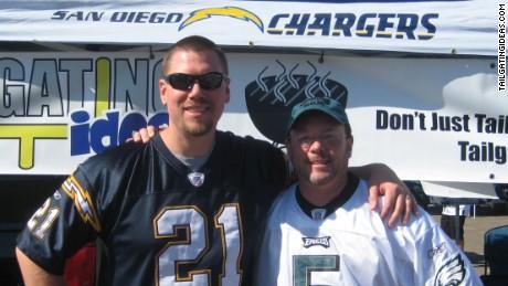 Dave Lamm, left, of TailgatingIdeas.com.